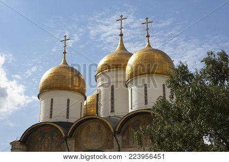 ASSUMPTION CATHEDRAL AT THE KREMLIN, MOSCOW, RUSSIA