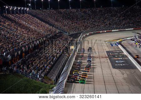 September 01, 2019 - Darlington, South Carolina, USA: Brad Keselowski (2) and William Byron (24) battle for the lead during the Bojangles' Southern 500 at Darlington Raceway