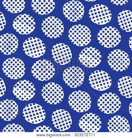 Seamless Pattern. Hand Drawn Imperfect Polka Dot Spot Shape Background. Monochrome Textured Dotty De