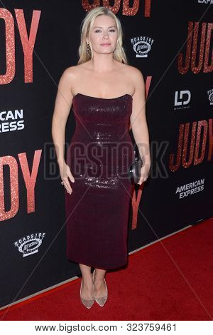 LOS ANGELES - SEP 19:  Elisha Cuthbert at the