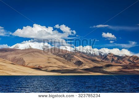 Himalayan lake Tso Moriri Tsomoriri Wetland Conservation Reserve, Korzok, Changthang area, Ladakh, Jammu and Kashmir, India