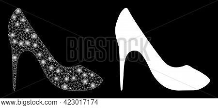 Magic Mesh Vector High Heel Shoe With Glare Effect. White Mesh, Bright Spots On A Black Background W