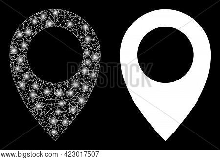 Magic Mesh Vector Map Marker With Glare Effect. White Mesh, Glare Spots On A Black Background With M
