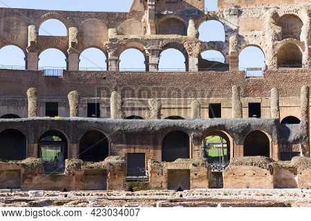 Rome, Italy - October 8, 2020: Colosseum, 1st Century Antique, Oval Amphitheatre In The Centre Of Th