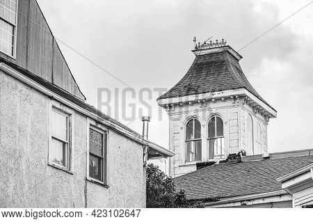 New Orleans, La - May 24: Black And White Photo Of Cupola And Roof On Home In Uptown Neighborhood On