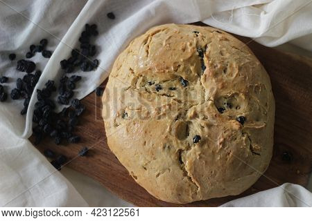 Home Baked Irish Soda Bread With Raisins. A Quick Bread To Make At Home With Out Yeast.