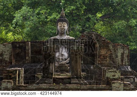 Ancient Buddha At Sukhothai, Thailand Famous Tourist Attractions And Ancient Sites