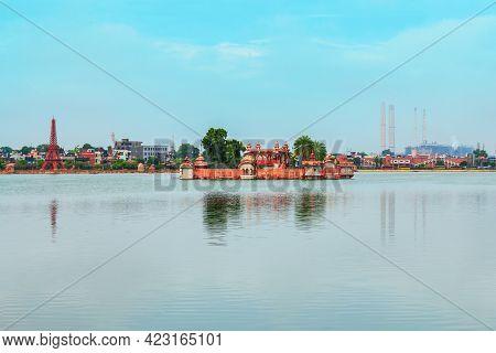 Jagmandir Or Jag Mandir Is A Museum In Island On Kishore Sagar Lake In Kota City In Rajasthan State
