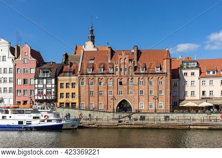 Gdansk, Poland - September 9, 2020: Passenger Harbor On The Motława River And A Cruise Ship At Dlugi