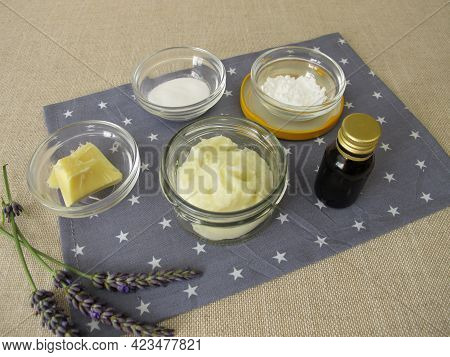 Homemade Deodorant In Jar With Cocoa Butter, Baking Soda, Starch And Essential Oil