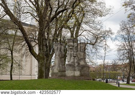 Vilnius, Lithuania - May 8, 2021: Sculpture Lithuanian Ballad Standing In Front Of Gediminas Castle
