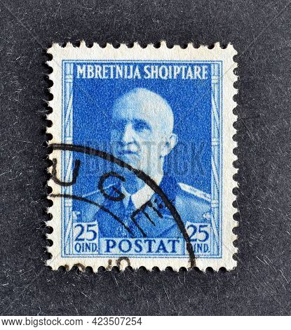 Albania - Circa 1930 : Cancelled Postage Stamp Printed By Albania, That Shows Portrait Of King Victo
