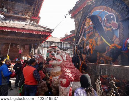 Nepali People Travelers Travel Visit And Respect Praying Offerings Sacrifices Hindu Goddess Kali Or