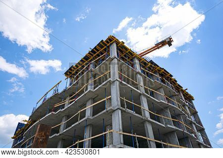 Frame-monolithic Construction. Building Of A High-rise Building Using Monolithic Frame Technology.