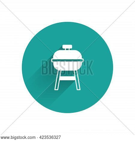White Barbecue Grill Icon Isolated With Long Shadow Background. Bbq Grill Party. Green Circle Button