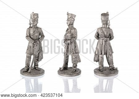 Miniature Figure Statuettes Of Tin Soldier Of Revolutionary 18th Century, Unpainted Gray, Three Angl