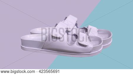 Purple Flat Monochrome Sandals With Strap Detail On The Upper And Hook-and-loop Fastening. Elegant F