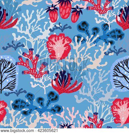 Beautiful Seamless Pattern With Seaweeds, Sea Underwater Plants, Ocean Coral Reef And Aquatic Kelp,