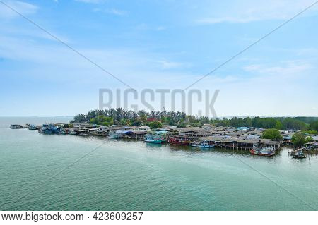 Scenery From Prasae Sin Bridge Viewpoint In Chanthaburi Province, Thailand.