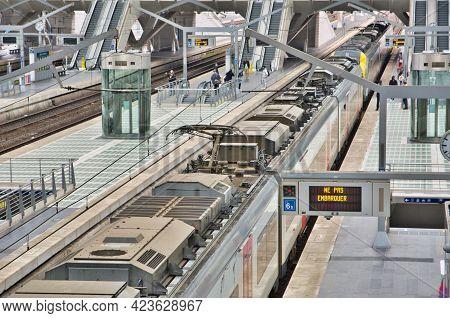 Liege, Belgium, June 2021: Ne Pas Embarquer Or Do Not Board The Train Message In Belgian Railway Sta