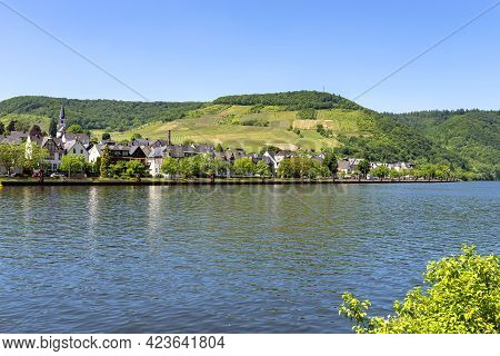 Cochem, Germany, June 13, 2021. Residential Houses Along The River In The Tourist Town Of Cochem On