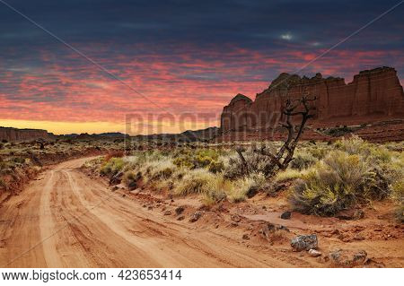 Dirt road in Utah desert, Capitol Reef national park, USA