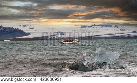 Jokulsarlon, Iceland - May 2019: Unidentified Tourists Having An Iceland Glacier Boat Tour In The Jo