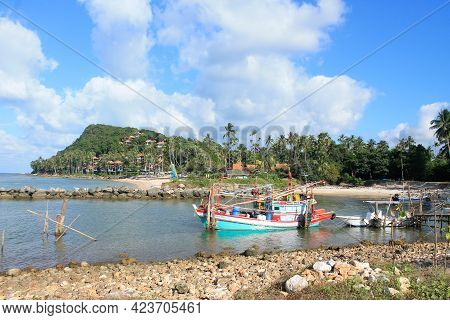 Samui, Thailand - February 15,2016: A View Of Fisherman's Boat At Freedom Beach In Koh Samui Island