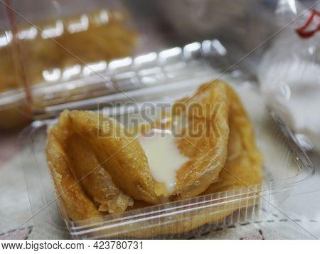 Crispy Roti With Condensed Milk In Clear Plastic Box, Dessert Snack Sweet Food