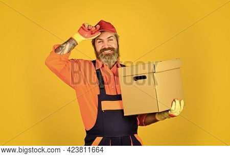 Shopping. Bachelor Day. Moving Routine. Packaging Things. Delivery Service. Loader. Post Shipment. F