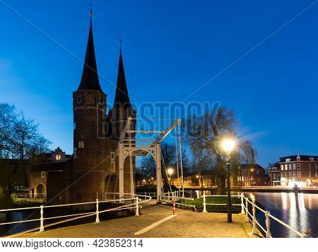 Delft, March 2017.  Eastern Gate In Delft At Night. The Eastern Gate Delft, Consists Of A Land Gate