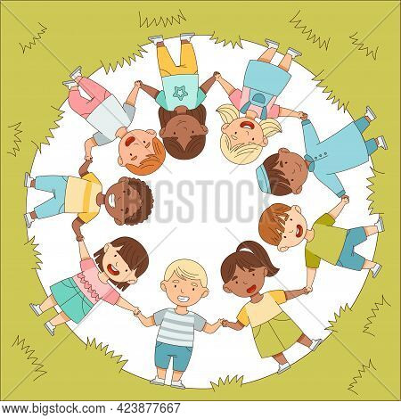 Little Children On Green Lawn Holding Hands Arranged Circle Showing Solidarity And Unity Vector Illu