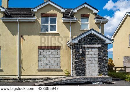 Radharc An Seascan, Meenmore, Dungloe, County Donegal, Ireland - May 30 2021 : The 2007 Built Houses