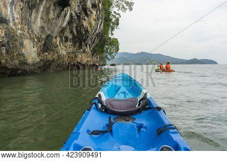Krabi, Thailand - January 3,2019 : Group Of Tourists Kayaking At Ao Tha Lane, Krabi, Thailand On Jan