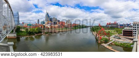 Nashville, Tennessee, USA downtown city skyline on the Cumberland River.