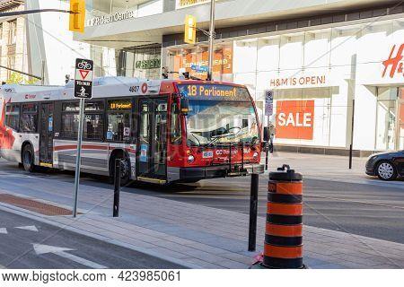 Public Bus In Downtown, Rideau Street In Ottawa, Canada