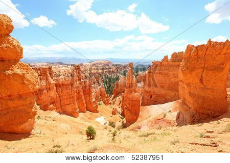 Bryce Canyon National Park landscape, Utah, United States. Nature scene showing beautiful hoodoos, pinnacles and spires rock formations. including Thors Hammer. Summer.