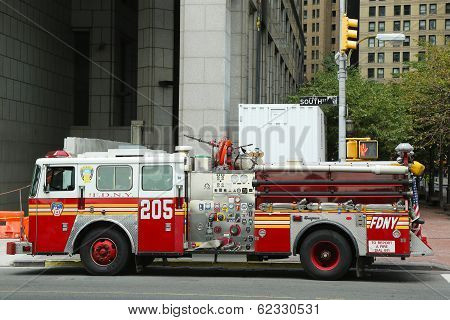 FDNY Engine 205 in Lower Manhattan