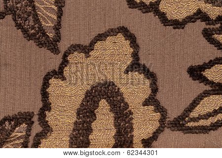 Brown Fur And Yellow Base Forming An Leaf Pattern