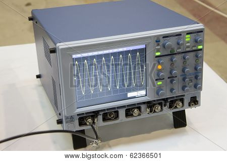 The Digital Oscilloscope.