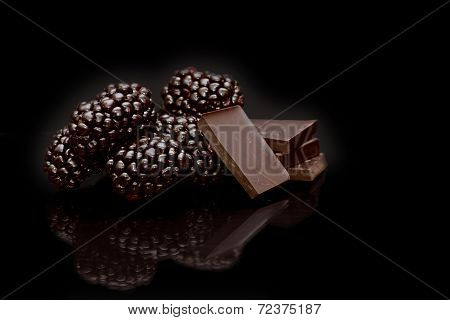 Blackberries with Chocolate