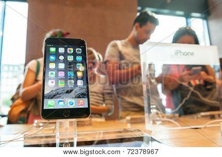new iPhone sales starts