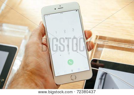 Apple iPhone 6 dial buttons menu