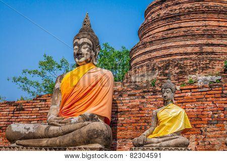Buddhas At The Temple Of Wat Yai Chai Mongkol In Ayutthaya,thailand