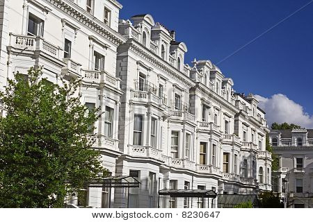Luxury Apartment Buildings in Notting Hill