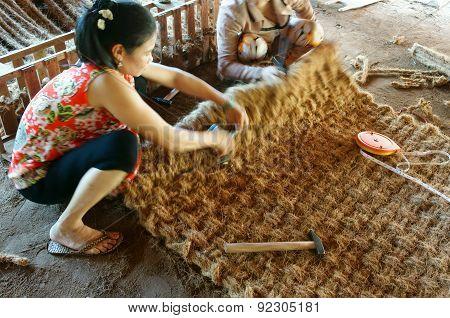 Asian Worker, Coir Mat , Vietnamese, Coconut Fiber