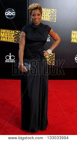 Mary J. Blige at the 2009 American Music Awards held at the Nokia Theater in Los Angeles, USA on November 22, 2009.