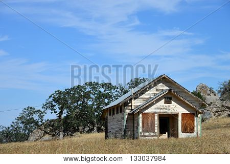 The old Granite School, a typical one-room schoolhouse situated in California's foothills of the Sierra Nevada Range, is now abandoned.