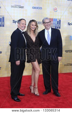 LOS ANGELES - JUN 4:  Kevin Kay, Chrissy Teigen,  Doug Herzog at the 10th Annual Guys Choice Awards at the Sony Pictures Studios on June 4, 2016 in Culver City, CA