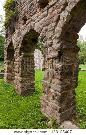 the ruins of the Romanesque church Cyriak at Camburg